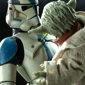 YODA AND CLONE TROOPER Premium Format- Star Wars - Sideshow Collectibles