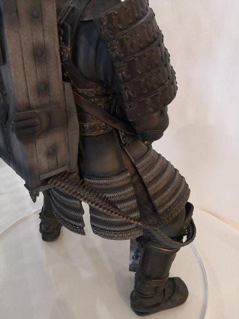 COLOSSAL SAMURAÏ Statue Sucker Punch - GENTLE GIANT