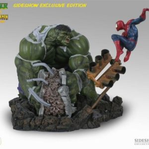 DIORAMA HULK VS SPIDERMAN EXCLUSIVE VERSION - MARVEL - SIDESHOW COLLECTIBLES