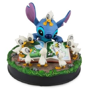 Disney Medium Figure - Stitch with Ducks - The Ugly Duckling - DISNEYLAND