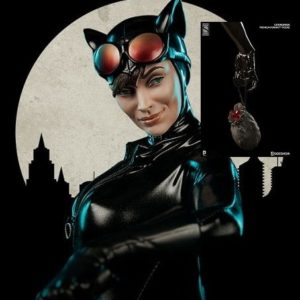 Catwoman Premium Format Exclusive Version - SIDESHOW COLLECTIBLES