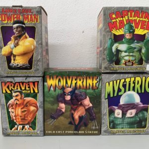 Lot KRAVEN BUST - WOLVERINE statue - CAPTAIN MARVEL BUST - MYSTERIO BUST - LUKE CAGE BUST By BOWEN DESIGNS et HARD HERO