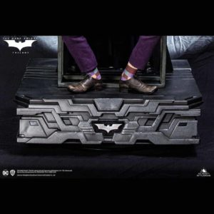 Batman The Dark Knight socle décor Special Base 54 x 54 cm – QUEEN STUDIOS