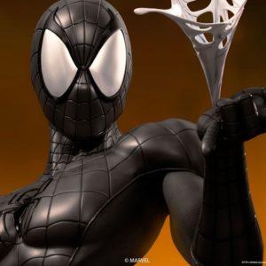 Comics Spider-Man 1/1 Life Size Bust Black Edition - QUEEN STUDIOS