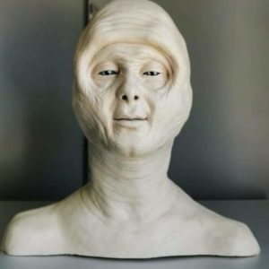 Painted Alien Reference Bust - COCOON: THE RETURN - PROP STORE