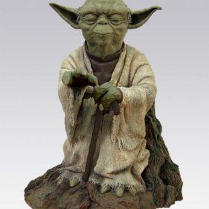 Yoda Using the Force Statue - STAR WARS L'Empire Contre Attaque - ATTAKUS